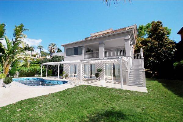 Exterior_Villa_Andalucia_Pergola_fixed (002)